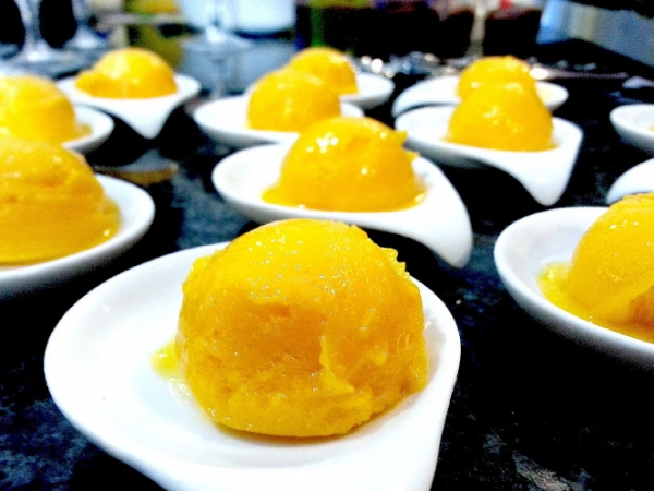 Mango Sorbert