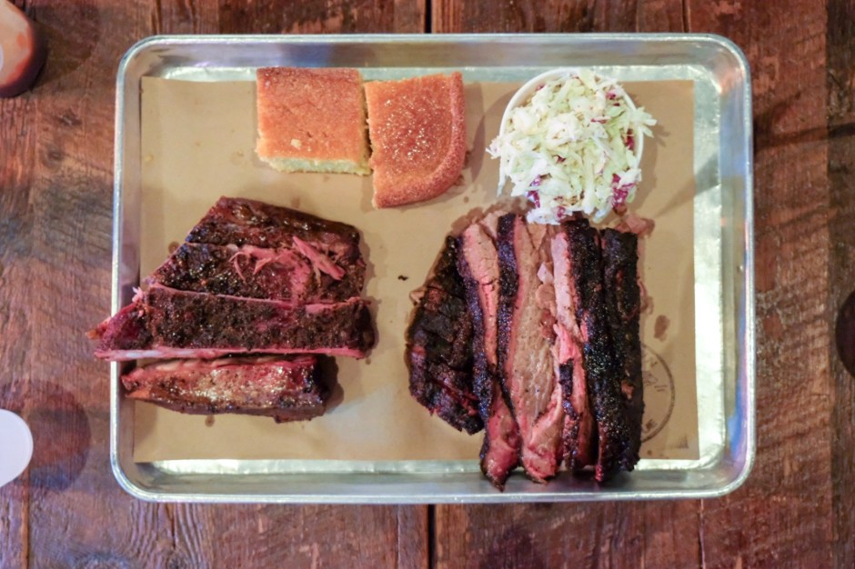 Foodjournies-Hometown-Barbecue-Plate