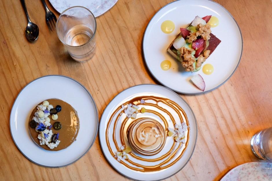 Foodjournies_liho_liho_yacht_club_dessert_spread