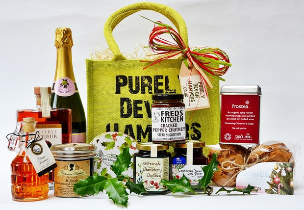 best christmas hampers for a delicious seasonal feast 3