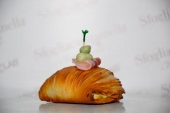 sfogliatella-rustica-con-fave-e-pancetta