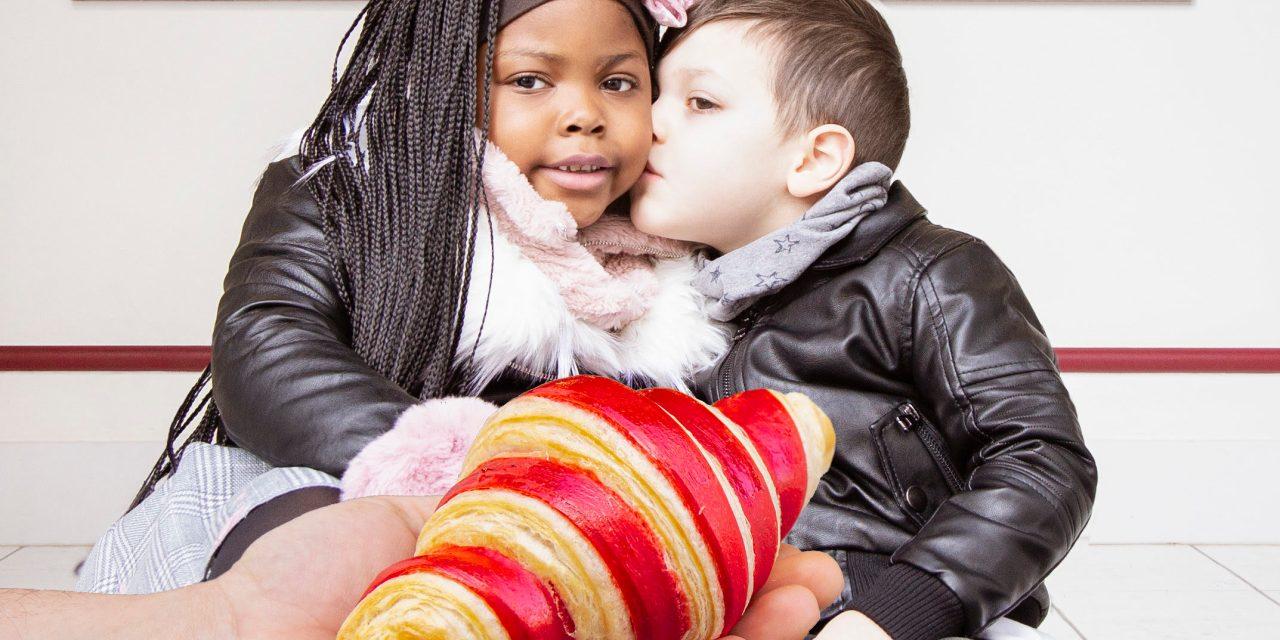 Un cornetto rosso per San Valentino: il pastry chef Rocco Cannavino celebra l'amore