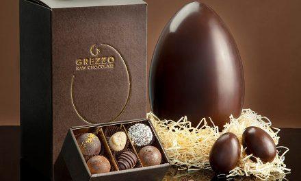 Il primo uovo di cioccolato crudo al mondo firmato Grezzo Raw Chocolate