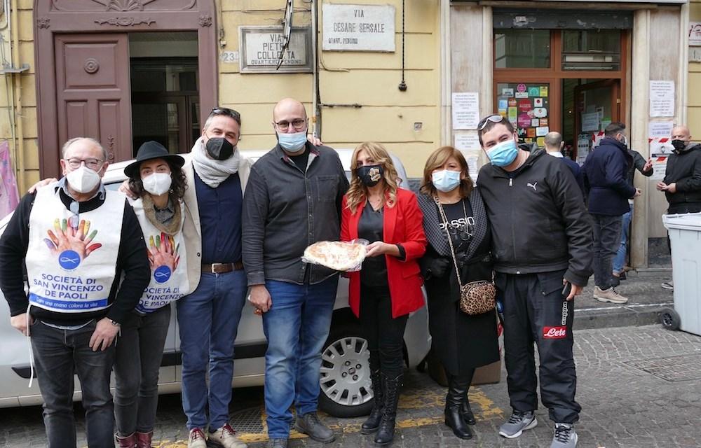L'antica pizzeria da Michele dona 2000 pizze in beneficenza