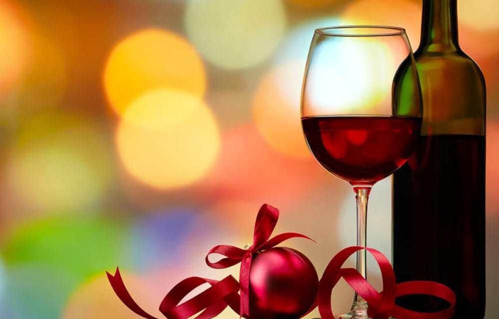 Dieci vini da stappare durante le festività natalizie