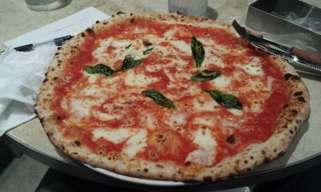 Antica Pizzeria da Michele….la storia, il Mondo  e…. il futuro della Pizza!