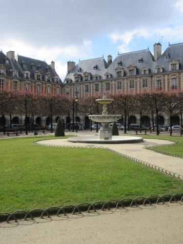 Paris Park Square