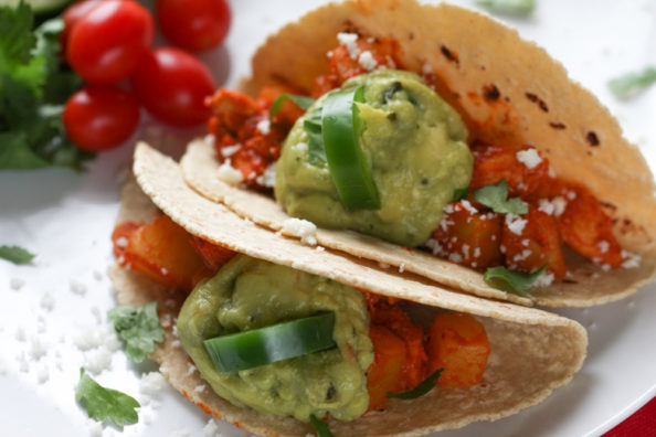Chipotle Chicken Tacos | foodnfocus.com
