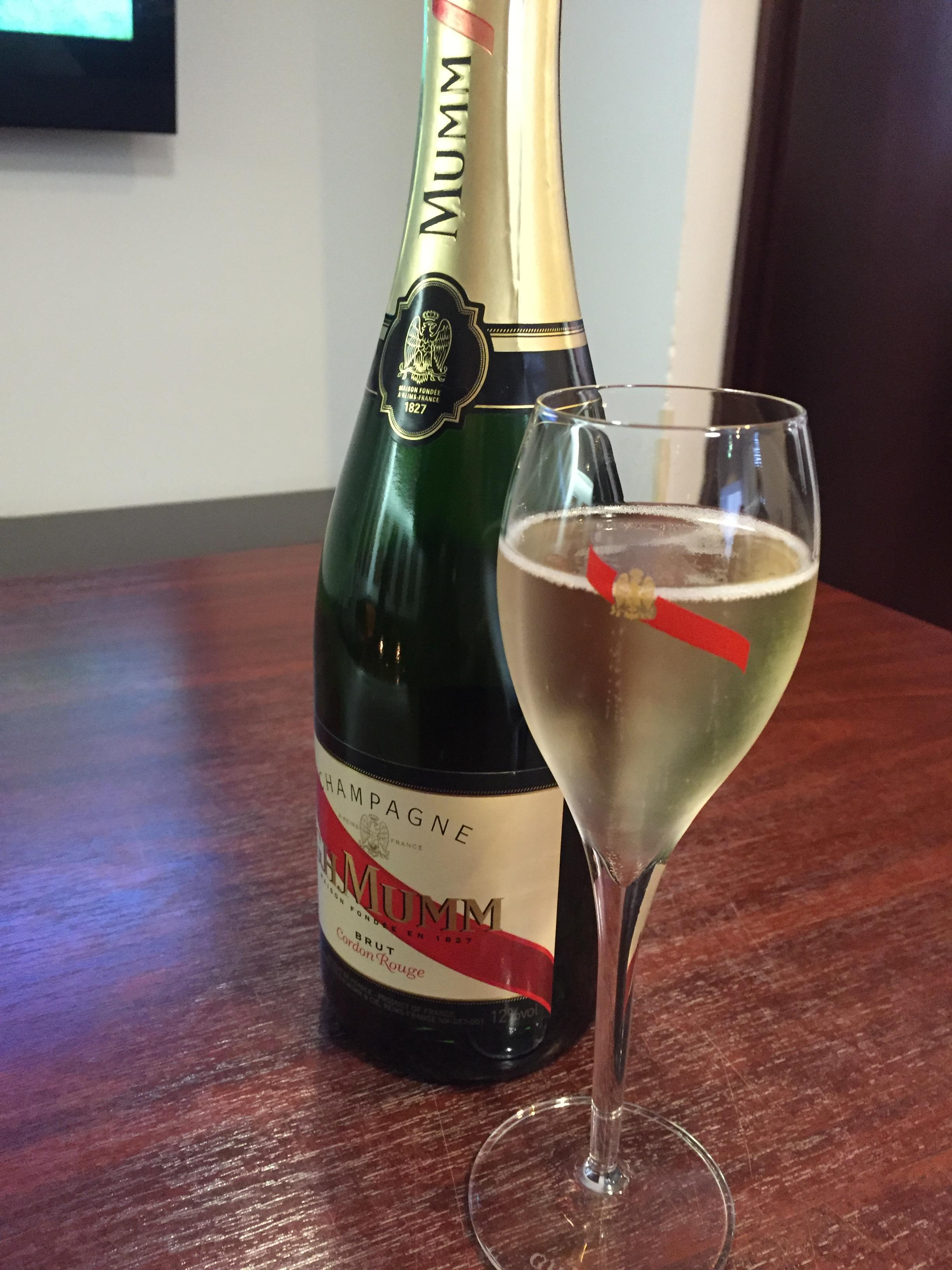 champagne france wine tours