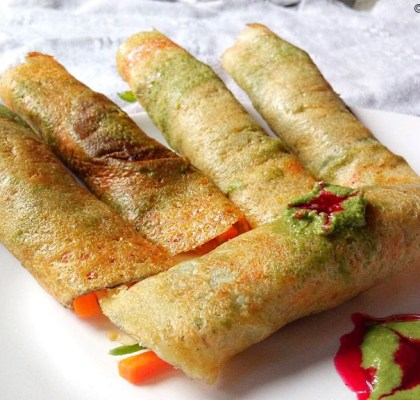 Moong Dal Cheela Rolls Recipe, Stuffed Chilla Recipe, Easy Moong Dal Cheela Recipe, How to Make Moong Dal Cheela, Moong Dal Cheela ka Rolls Recipe, Indian Snacks Recipe, Indian Breakfast Recipe.