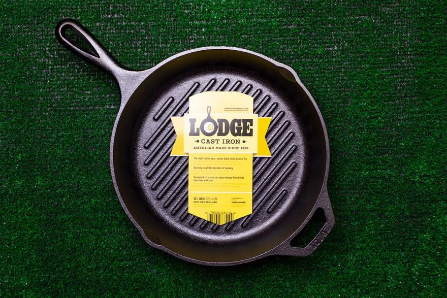 Lodge Mfg cast iron grill pan