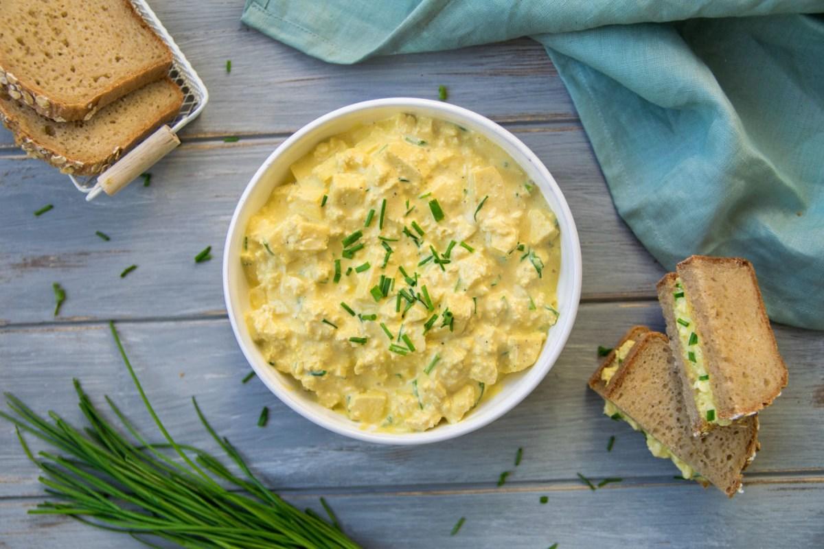 [:de]Veganer Eiersalat [:en]Vegan egg salad[:]