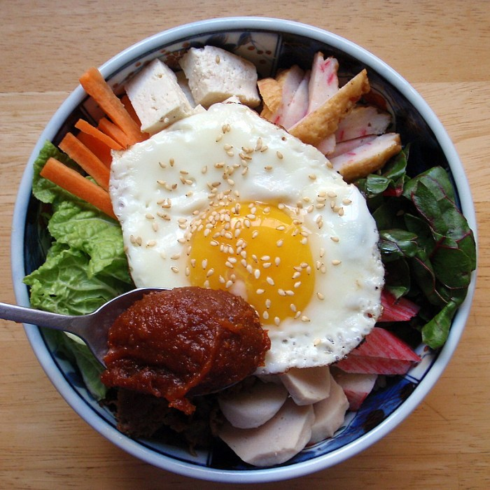 8 Instances Of Bibimbap Porn To Help You Decide What To Eat