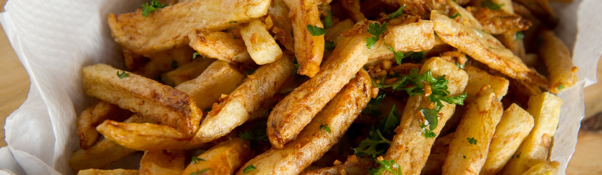 Ballpark-Style Garlic Fries Recipe