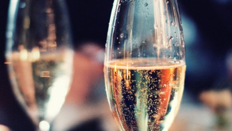 Cheers, America! You're drinking more bubbly than ever.