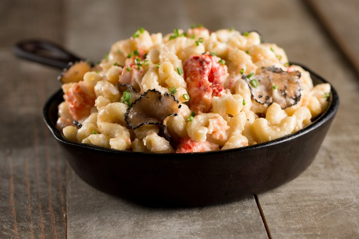 Centerplate SB50 Lobster Truffle Mac & Cheese