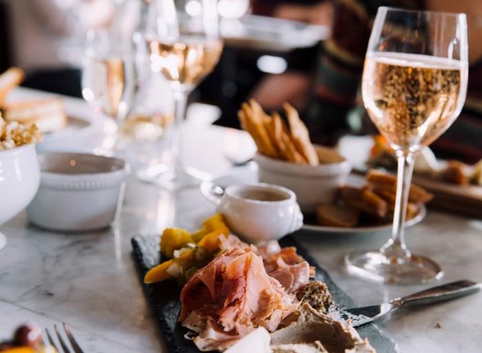8 Restaurants You Can T Miss In Kansas City Missouri Food