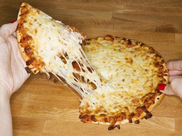 Pizza Keju