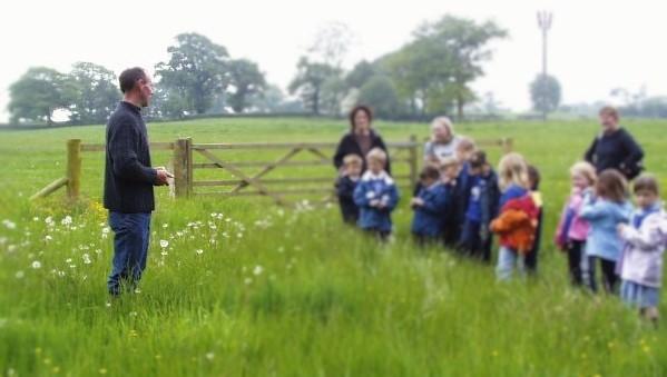 farmer-and-public