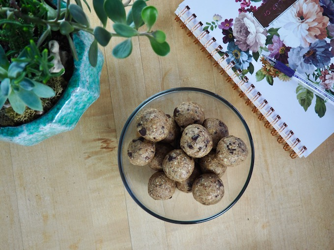 Paleo Protein Cookie Dough Bites