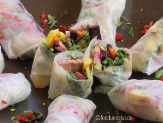 Sommerrollen mit Entrecote und Grill-Gemüse