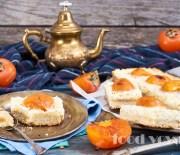Песочный пирог с хурмой и зерновым творогом