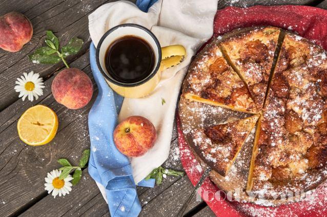 Персиковый пирог из творожного теста