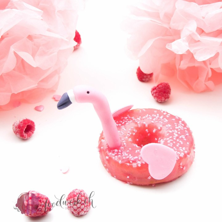 flamingo, donut, donuts, süss, glasur, Rezept, idee, einfach kochen, einfaches rezept, rezepte, schweizer foodblogs, foodwerk.ch, foodwerk, foodblog, blog, food, kochen, backen, cook, bake, swiss, swiss foodblog, foodblogger, foodie, instafood, foodblogs, familyblog