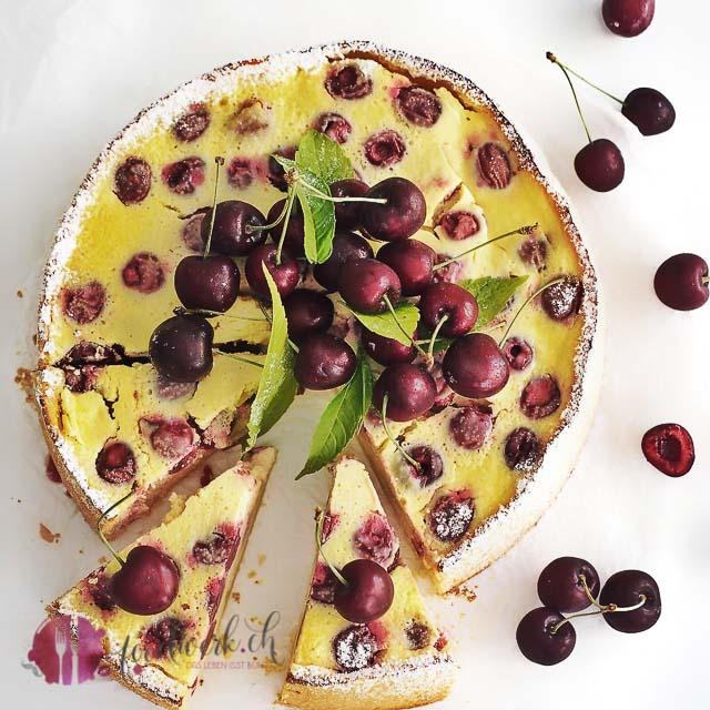 kirschen kuchen mit quark der optimale Kuchen während der Kirschenzeit