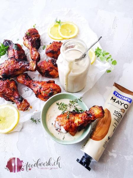 Hähnchenkeulen mit white BBQ Sauce mit der Mandel Mayo von Thomy