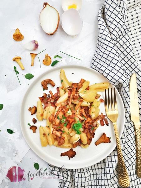 Pasta Carbonara mit Pfifferlingen