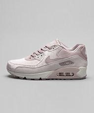 Nike Womens Air Max 90 LX Trainer