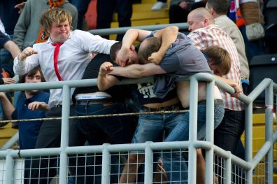 dundee-united-vs-dinamo-moscow-2-8-2012-incidenti