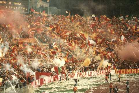 curva sud_Roma-finale_Coppa_Campioni