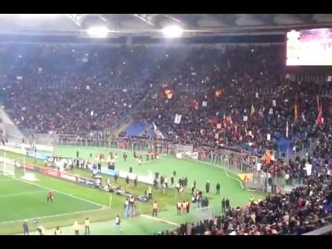 Musica e calcio: Roma vs Juve, la Curva Sud ed i Guns n'roses