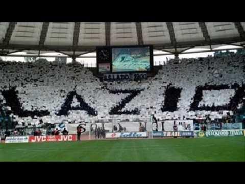 Nuovo coro ultras Lazio con musica del 45 giri Semplice di Togni
