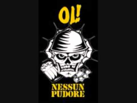 Mondo ultrà dei Nessun Pudore, skinhead di Genova