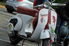 Torino: Vespa granata a Venaria Reale