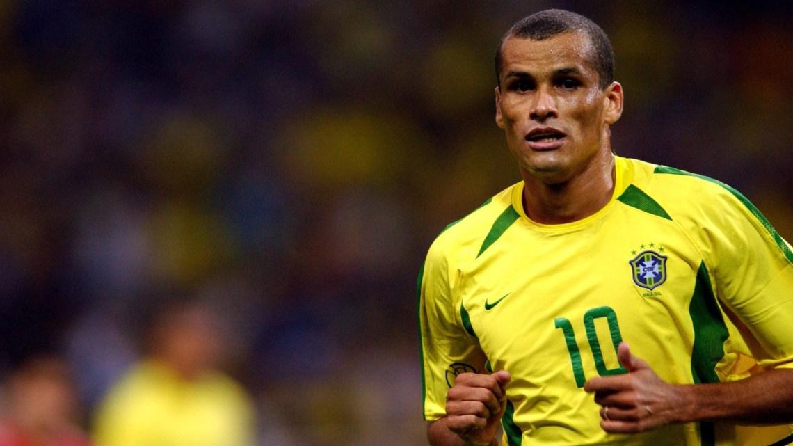 Rivaldo, dalle favelas di Recife al tetto del mondo