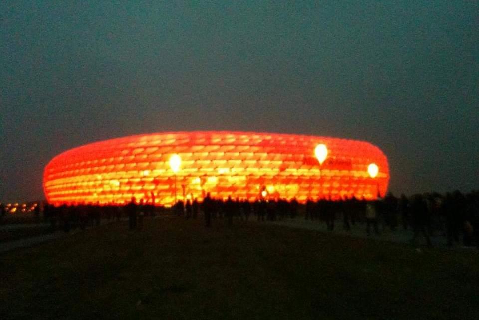 Bayern-Napoli: in trasferta all'Allianz Arena, un viaggio indimenticabile