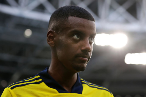 Arsenal battling Real Madrid for Lacazette replacement as they consider £59m bid