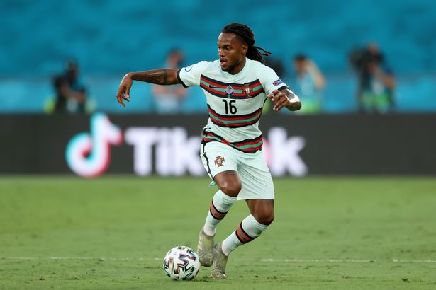 Arsenal transfer round up: Gunners target Sanches as striker decision made