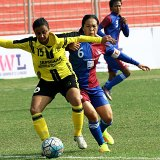 Bembem Devi is foiled by Manpreet Kaur.