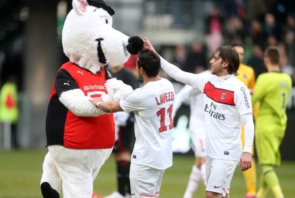 Mascotte-Stade-Rennais-garde-a-vue-finale-coupe-de-france-illustration2