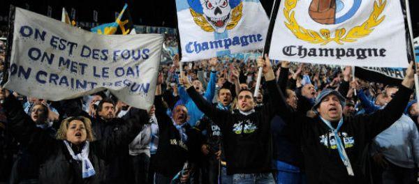 http://www.lequipe.fr/Football/Actualites/Bielsa-est-arrive-a-marseille/476828