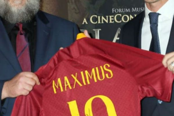 footballfrance-maximus-espagnol-licenciement-roma-illustration
