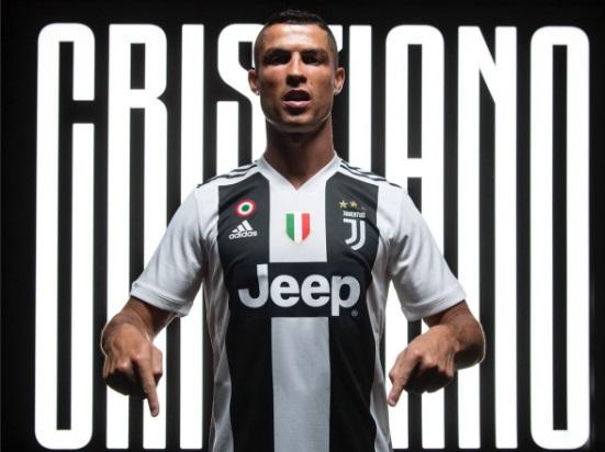 Ronaldo in Juventus strip