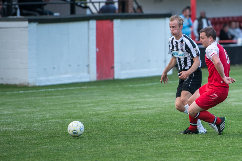 Sam Barratt in action for Maidenhead United against Bracknell Town. Photo: Connor Sharod-Southam.