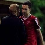 Bracknell 3 Wootton Bassett 0: Poynter strikes again in Robins win