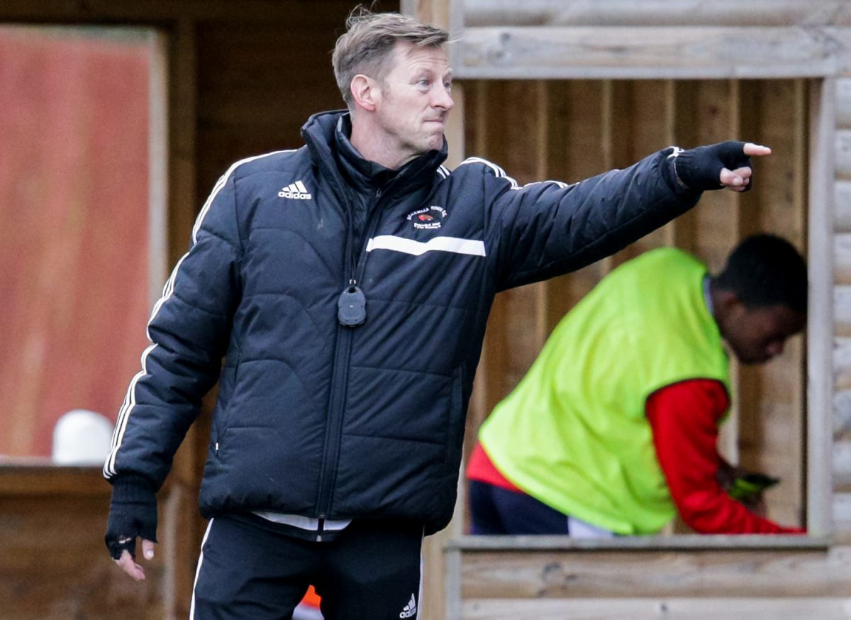 Listen to post FA Vase match interview with Bracknell Town boss Mark Tallentire
